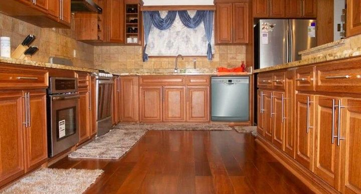 Kitchen Remedies to Care for Your Hardwood Floor